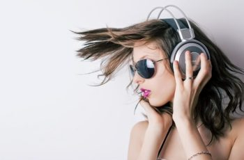 Como Aprender Inglês com Música em 5 Passos Simples!