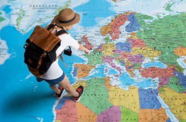 """Inglês Para Viagem: 7 Dicas Úteis para """"Sobreviver na Gringa"""" em 2021!"""
